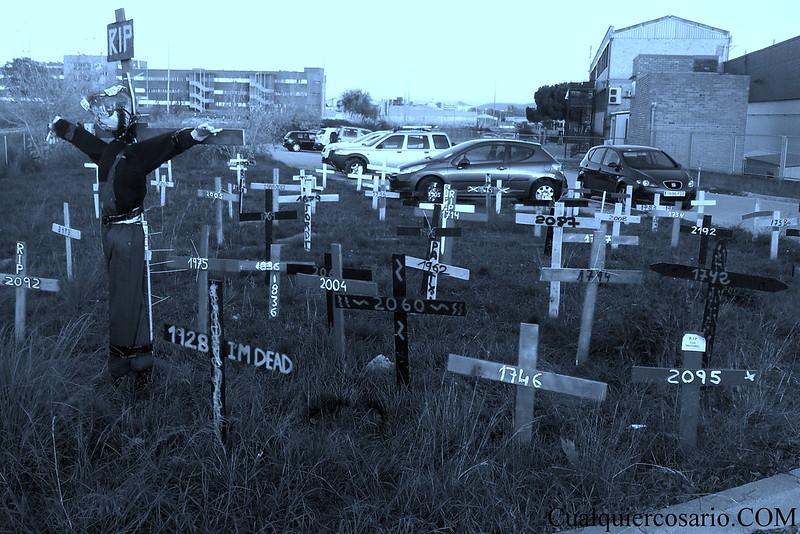 Una cruz por cada despido