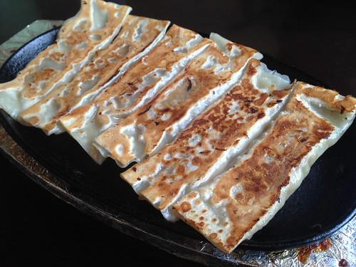 gifu-takayama-kakouen-hida-beef-dumplings01