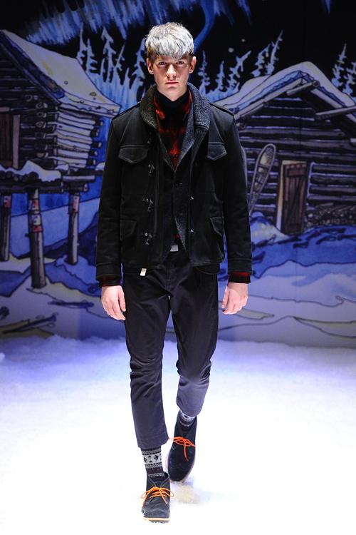 FW12 Tokyo FACTOTUM032(Fashion Press)