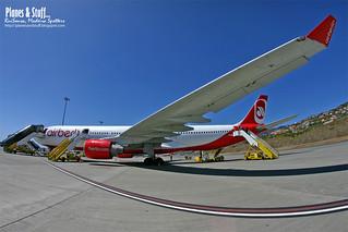 D-AERQ_AirBerlin_LPMA_17Mar2012b