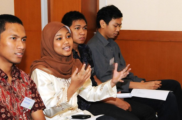 "Embassy hosts ""Generation Change"" and ""Viral Peace"" workshops for Indonesian students"