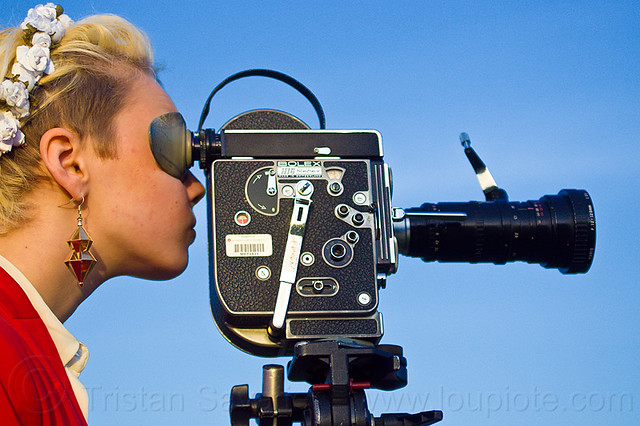 how to use a filim camera