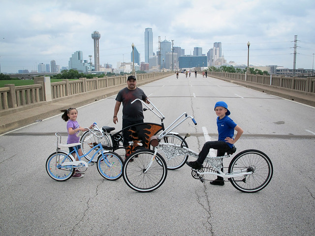 Coolest Bike Family. Ever.