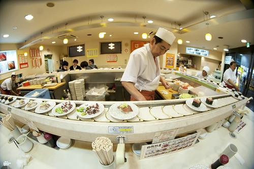 Interview ben lorph propos d 39 un restaurant japonais - Restaurant japonais tapis roulant paris ...