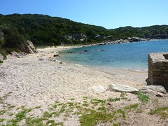 Cala Sciumara : la plage et les amers
