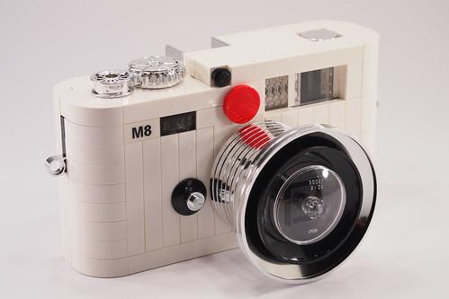 Lego Leica M8 - white edition