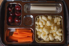 Eating The Week posted a photo:Peanut-free lunches for summer camp: eatingtheweek.com/2012/06/27/the-week-jr-head-to-camp-and...