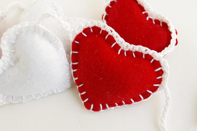 felt heart garland  - guirlande feutrine