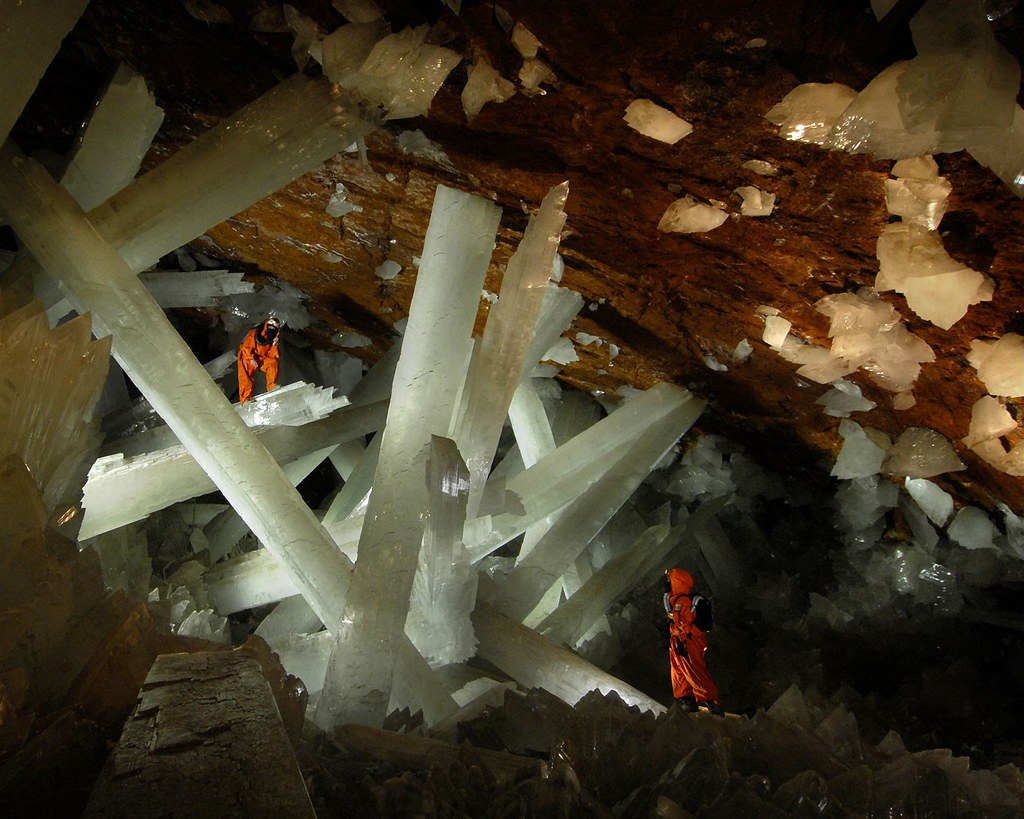 13569_giant-crystal-cave-2_12801024