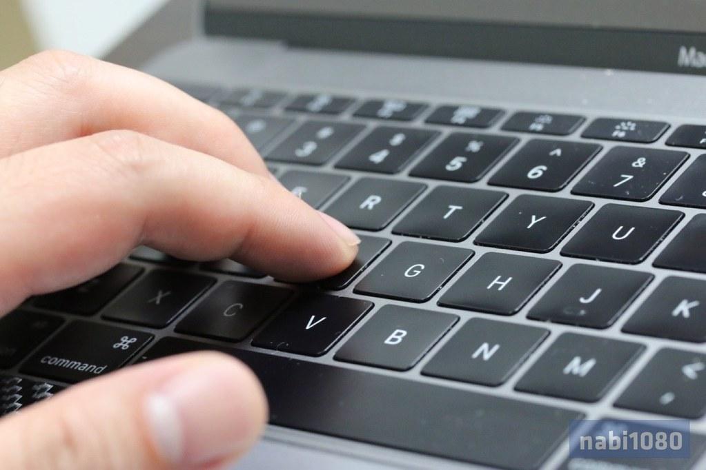 MacBook 12-02