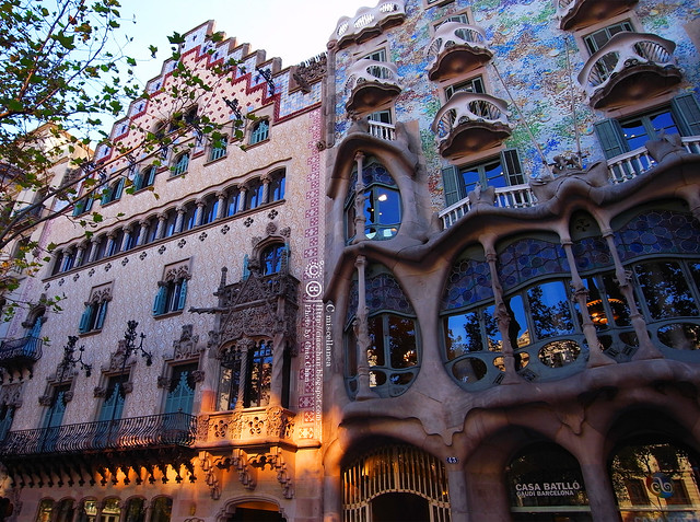 Hola Barcelona~巴塞隆納。桂爾公園 郊遊去(下) + 巴特樓之家 + 米拉公寓R1043109