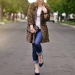 Leopard Coat -jeans- vintage accessories