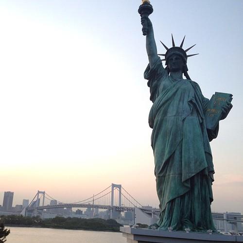 Lady Liberty en Tokio #tokio #tokyo #japan #japon