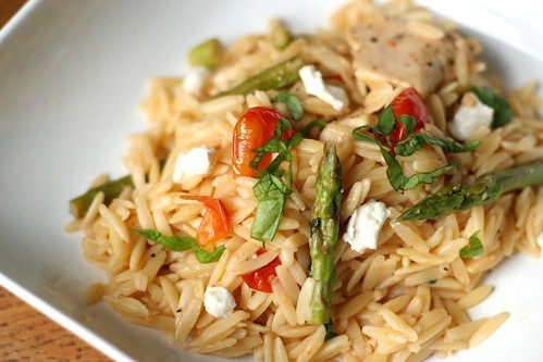 jenna laughs: orzo with chicken, asparagus and goat cheese