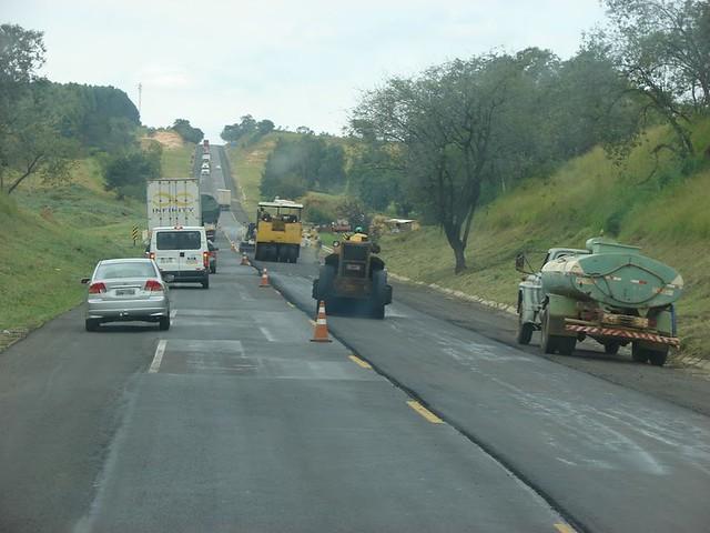obras na rodovia do acucar