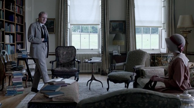DowntonAbbeyS02E09_SirAnthonyHouse_interior3