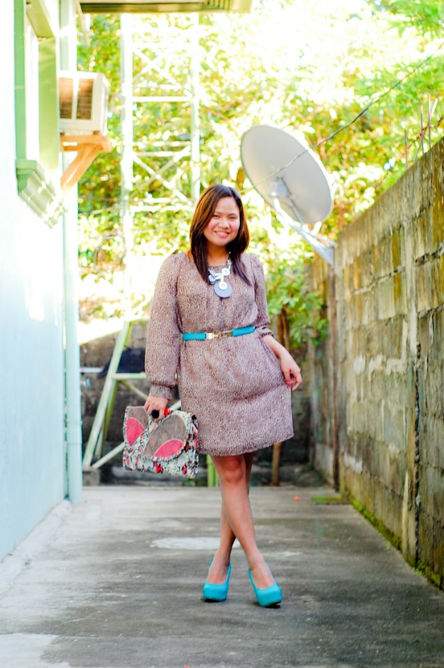 Sea Green belt, Mango clutch, thrift leopard dress, Go Jane sea green wedges, denise katipunera, Filipina Style Blogger, Mommy Style