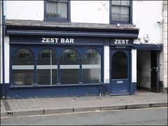 Zest Bar & Lounge