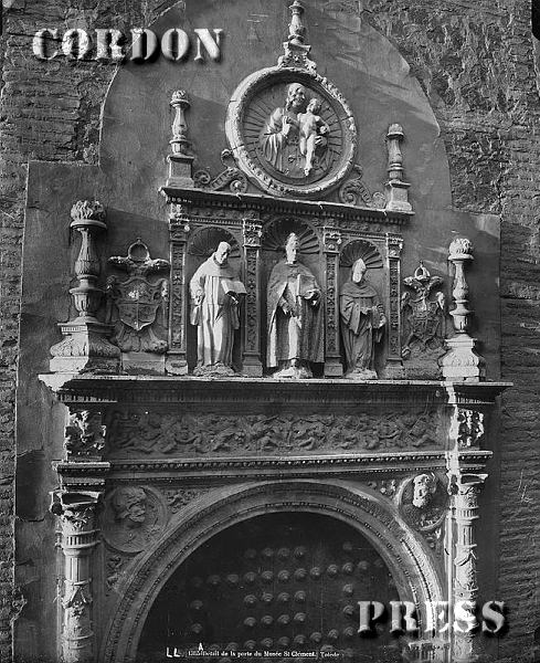 Portada del Convento de San Clemente de Toledo hacia 1875-80. © Léon et Lévy / Cordon Press - Roger-Viollet