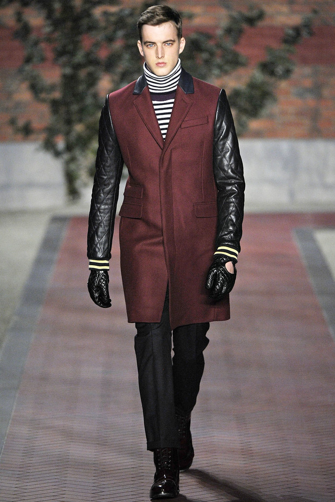 James Smith3622_FW12 NY Tommy Hilfiger(VOGUE)