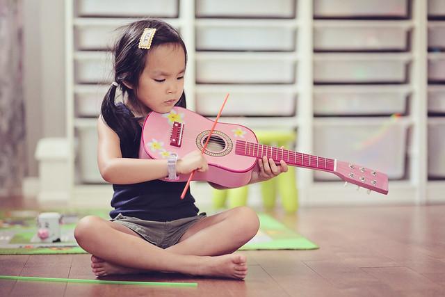 guitar? violin?