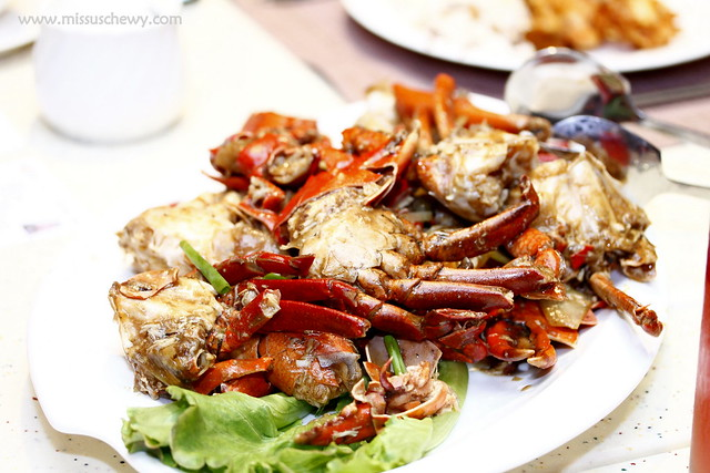 Stir fried flower crabs with spring onions and ginger