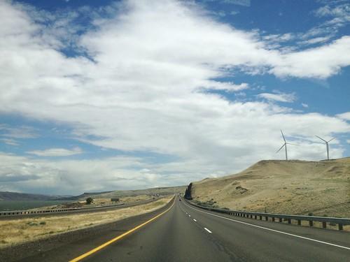 road clouds oregon gorge