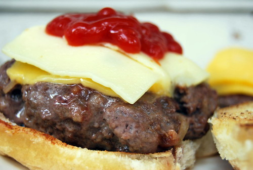 Recipe: All-American Cheeseburger {Land O'Lakes Cheese}