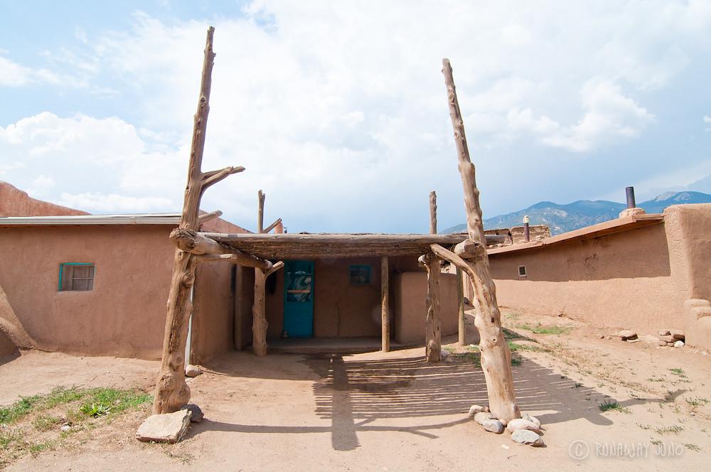 Taos Pueblo nature friendly design