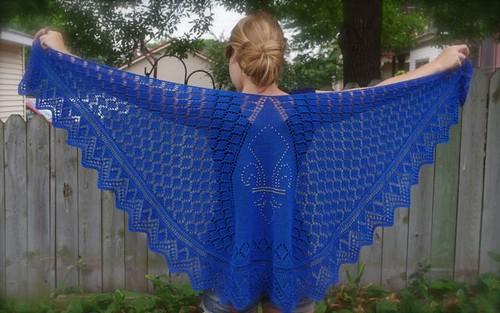 Athos shawl wingspan
