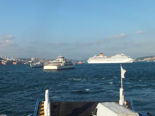 Nagy dugó van a Boszporuszon