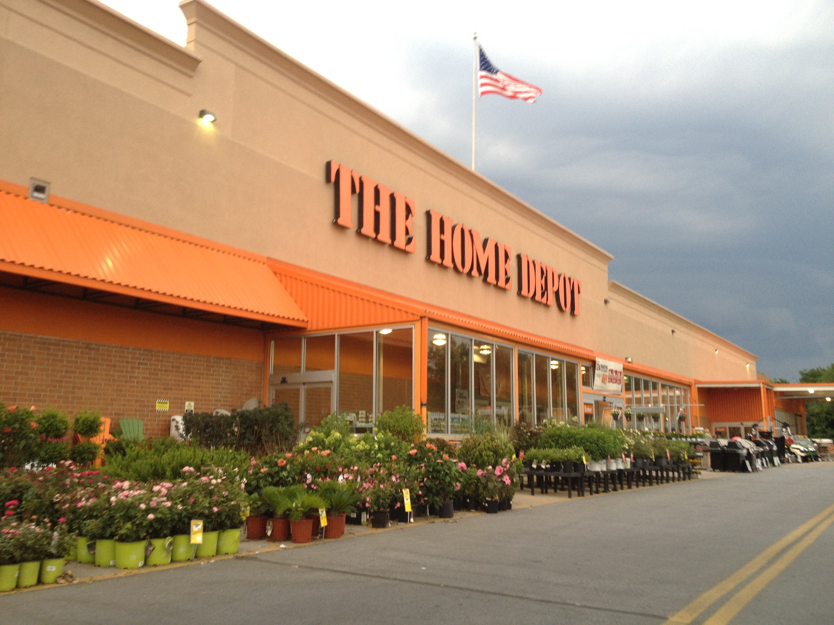 Home depot racist tweet linked to employee for Home depot sister companies