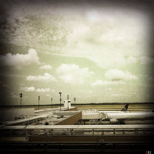 trip travel port airport air noflash airports flights hipstamatic libatique73lens blankofreedom13film