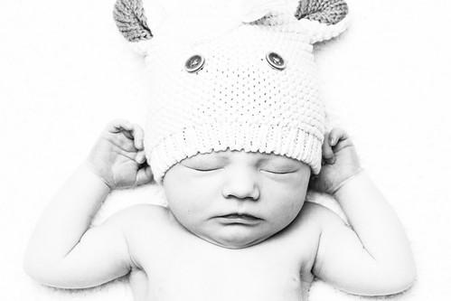 無料写真素材, 人物, 子供  赤ちゃん, 寝顔・寝姿, モノクロ