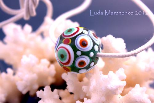 dots-bead