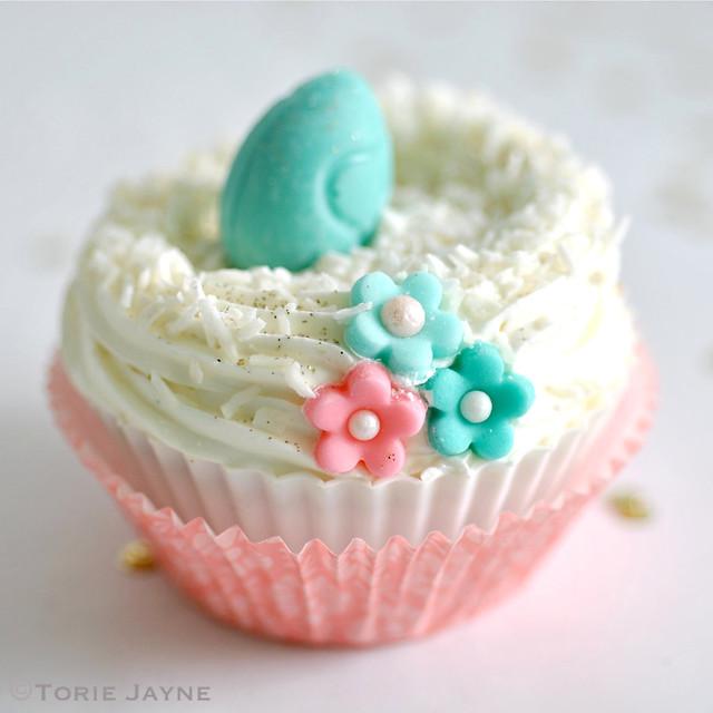 Gluten free Nest cupcakes