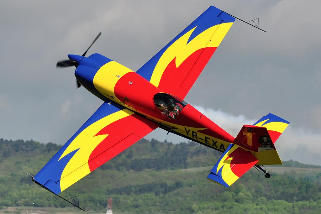 Cluj Napoca Airshow - 5 mai 2012 - Poze 6999890372_3d5b614e37_o