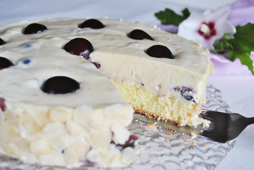White Chocolate and Cherry Cheesecake