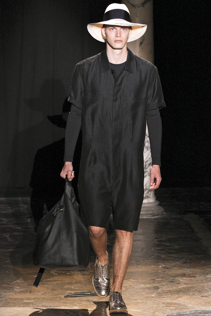 Carlos Peters3015_SS13 Paris Acne(VOGUE)