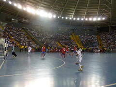 basketball moves(0.0), soccer-specific stadium(0.0), sports(1.0), team sport(1.0), player(1.0), football(1.0), ball game(1.0), futsal(1.0), arena(1.0),