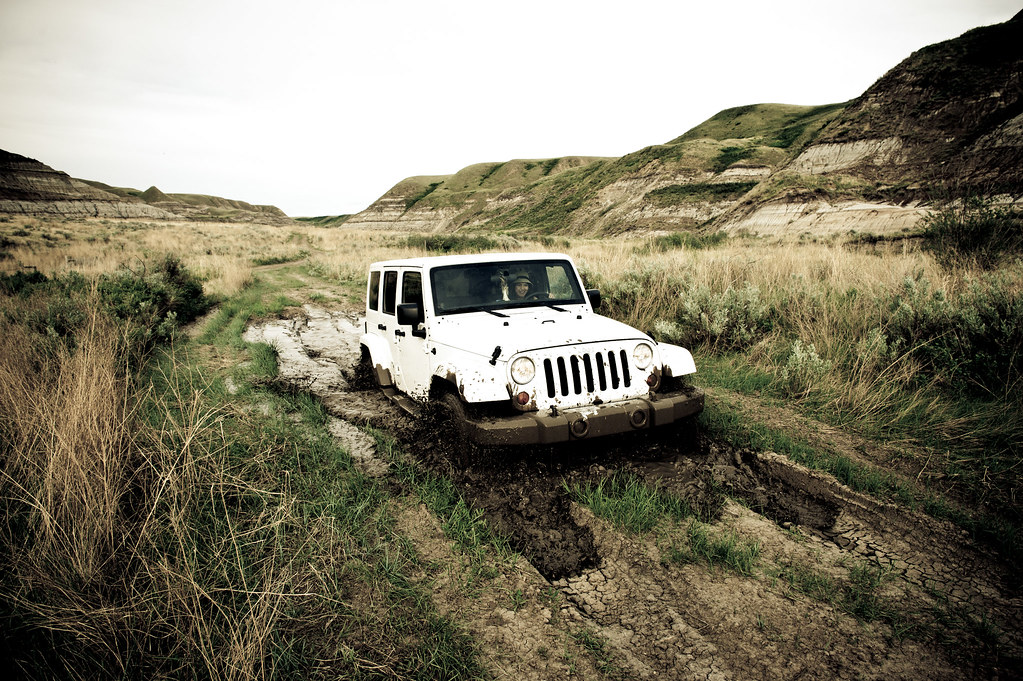 Badlands With A Badass Jeep! – Alberta Badlands Photography