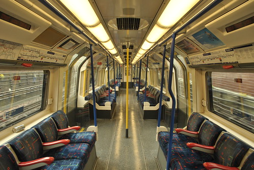 Piccadilly line, London. Flickr creative commons: flickr.com/photos/by-jack/7555185540/