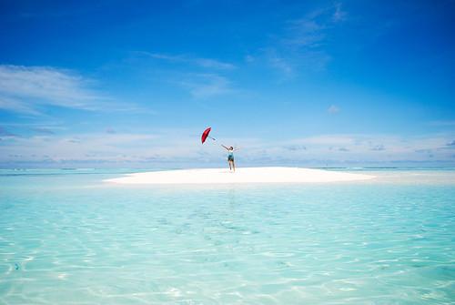 travel vacation holiday composition island jump reef maldives crystalclearwater paradiseislandandspa fxb2g
