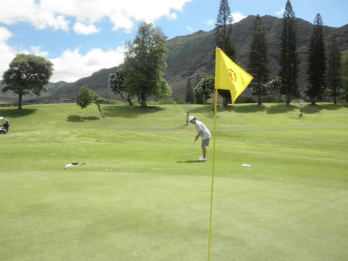 Makaha Valley Country Club 070