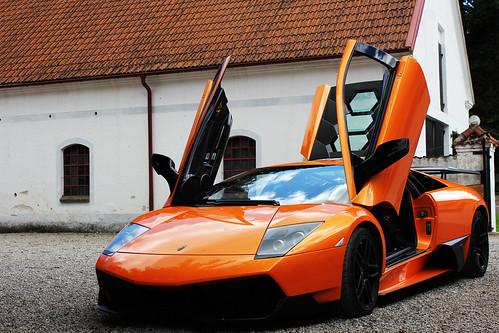 Lamborghini murciélago LP 670-4 SV by HenrikHallqvist