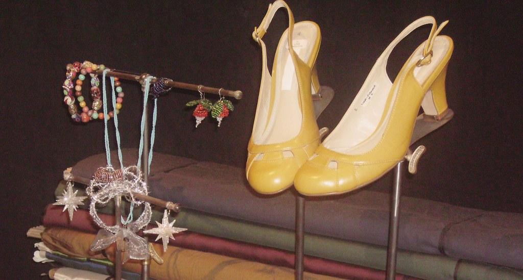 Luna Shoes & Jewellery
