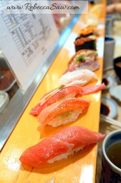 sushi dai tsukiji market - best sushi in japan