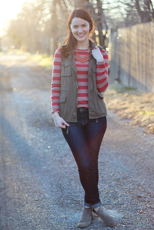 utility-vest-red-stripes3