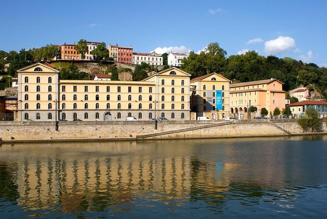 Subsistances à Lyon : Ecole des Beaux Arts et scène d'art vivant
