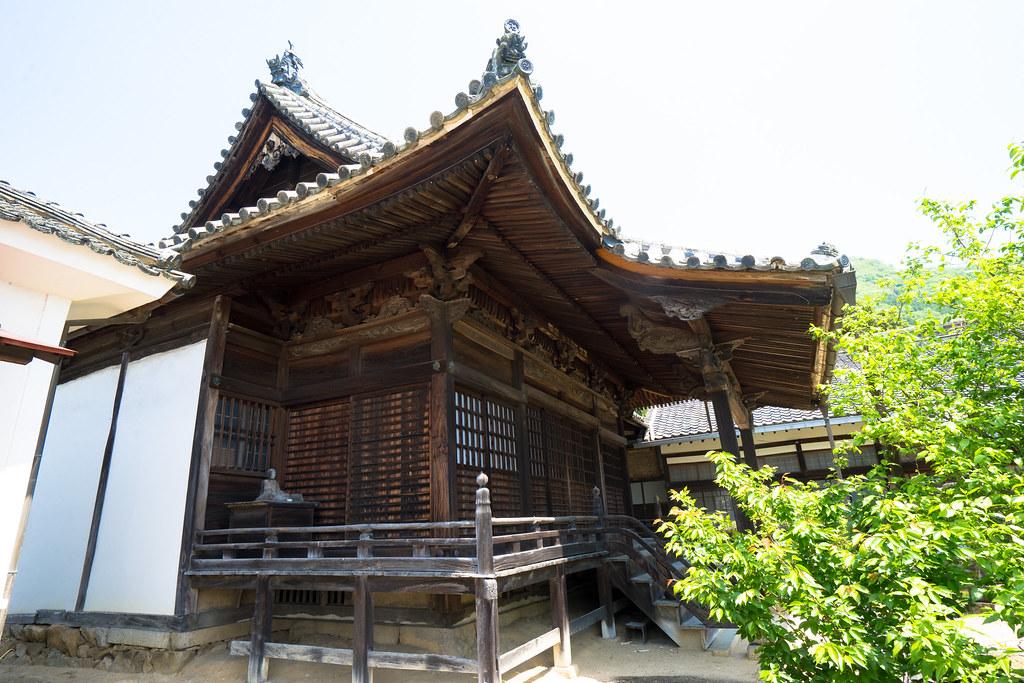 松連寺本堂2